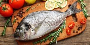 Lúcete con un delicioso pescado bajo en grasas